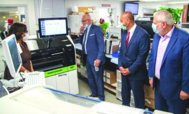 «مستشفى غاردن سيتي» يطلق برنامجاً لاختبار الأجسام المضادة لفيروس كورونا وتشجيع المتعافين على التبرع بالدم للمساعدة في مكافحة الوباء