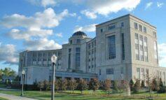 محكمة ميشيغن العليا تمنع الاستماع إلى الشهود عبر الفيديو .. إلا بموافقة المتهم