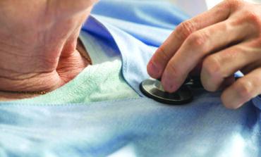 ثلث وفيات كورونا في ميشيغن من المقيمين في دور رعاية المسنين .. والحاكمة تصدر أمراً تنفيذياً «متأخراً»