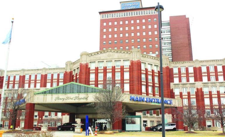 مطلوب 5000 متطوع لتجارب لقاح كورونا في مستشفيات هنري فورد