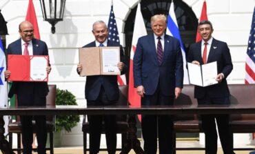 الإمارات والبحرين تطبّعان مع إسرائيل برعاية ترامب