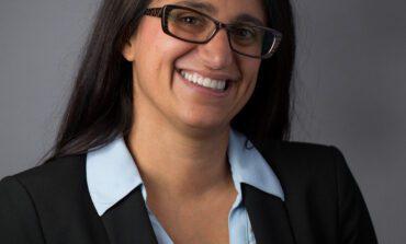 تكريم جديد للطبيبة العراقية الأميركية منى حنا عتيشا
