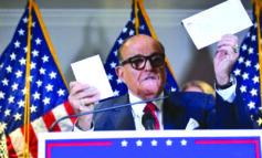 ترامب يصرّ على رفض نتائج الانتخابات «المزوّرة» .. وبايدن يمضي في تشكيل إدارته القادمة
