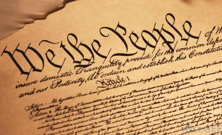 المخرج الدستوري لأزمة الرئاسة الأميركية