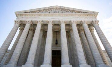 المحكمة الأميركية العليا تنصف ثلاثة مسلمين حرموا من الطيران لسنوات بعد رفضهم التجسس لصالح «أف بي آي»