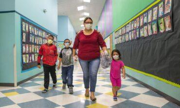 مدارس الديربورنين مغلقة حتى الربيع .. و«المنطقة ٧» في ديربورن هايتس تتحدّى الوباء