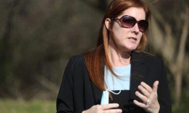 اتهام امرأة من ولاية نيوهامبشير  بترهيب مسؤولة انتخابية في ميشيغن