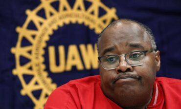 اتحاد عمال السيارات يتوصّل إلى تسوية تاريخية مع السلطات الفدرالية