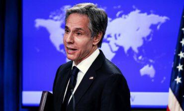 واشنطن تجمّد قرار تصنيف «أنصار الله» حركة إرهابية وتعلّق صفقات الأسلحة مع الرياض وأبوظبي