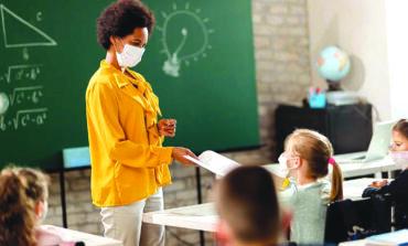 إدارة ويتمر تحثّ على إعادة التعليم الحضوري في جميع مدارس ميشيغن بحلول مطلع مارس