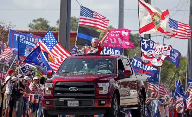 ترامب يعود إلى المشهد السياسي .. متوعداً من خذلوه