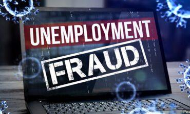 اتهام ثلاثة أشخاص من منطقة ديترويت بسرقة مئات آلاف الدولارات من نظام البطالة