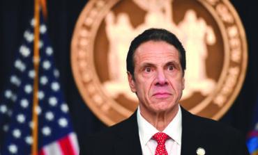 اتهامات التحرش الجنسي تهدد مستقبل حاكم نيويورك