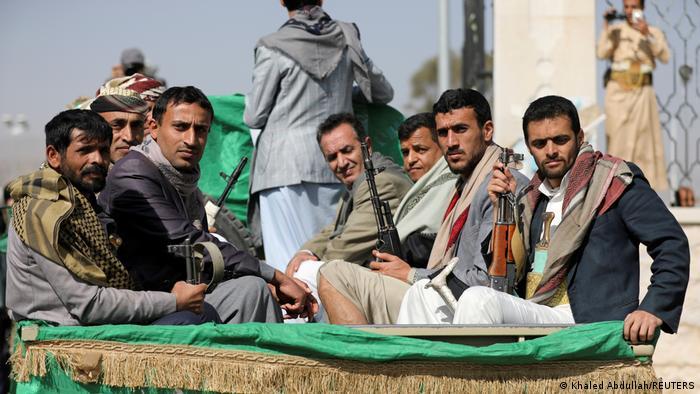 مبادرة الرياض في اليمن: إنهاء الحرب أم هروب إلى الأمام؟