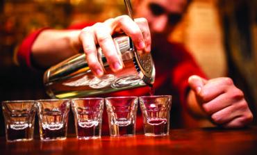 ميشيغن: مقترح تشريعي يجيز تقديم الكحول في الحانات والنوادي الليلية حتى الرابعة فجراً