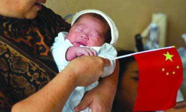 الصين تدرس إجراءات جديدة لزيادة معدل المواليد بعد تراجع حاد في 2020