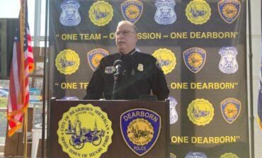 قائد شرطة ديربورن يوضح حقيقة حادثة اعتقال متشرد أسود .. ويثني على أداء عناصره