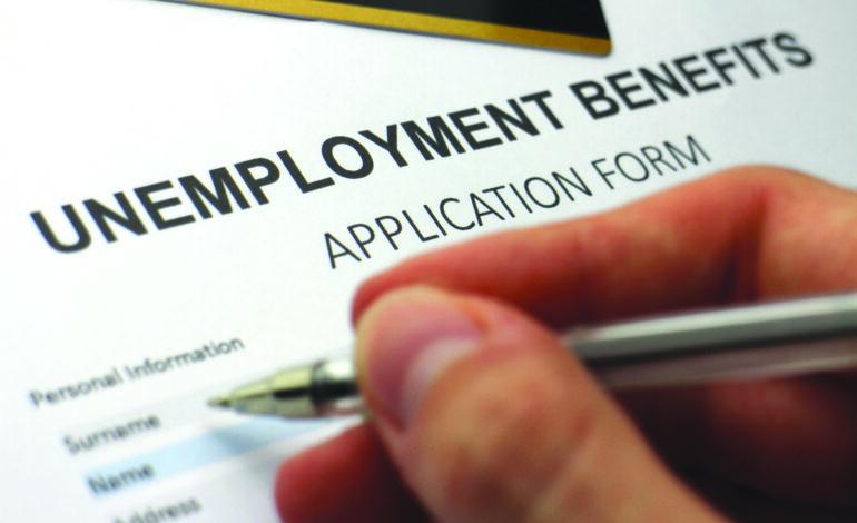 ميشيغن تعيد شرط البحث عن عمل لمواصلة الحصول على إعانات البطالة .. ولا مساس بالـ300 دولار الإضافية