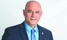 ديربورن هايتس تقرّ الميزانية السنوية.. ورئيس البلدية يستحدث لجنتين لمعالجة فيضانات نهر إيكورس ودعم الأعمال التجارية