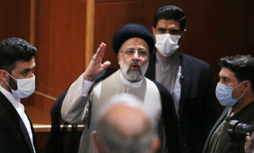 فوز رئيسي بالرئاسة الإيرانية .. هل يعرقل المحادثات النووية في فيينا؟