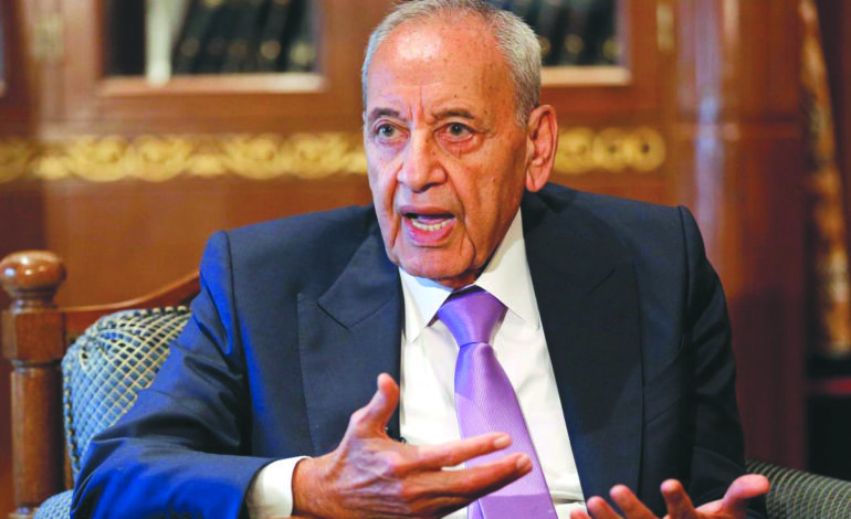 بين مبادرة برّي واعتذار الحريري .. هل من مخرج للأزمة اللبنانية؟