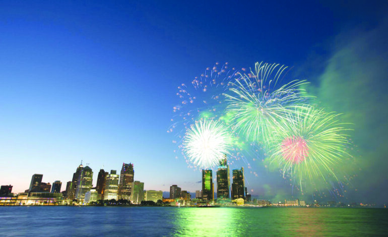 بمناسبة عيد الاستقلال الأميركي .. إليكم أبرز عروض الألعاب النارية  في منطقة ديترويت الكبرى!