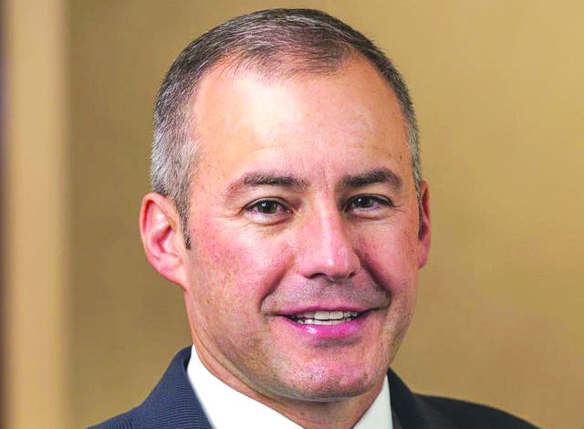 رئيس بلدية وستلاند  بيل وايلد يسعى للاحتفاظ بمنصبه لولاية رابعة
