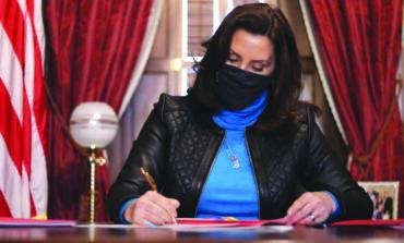 حاكمة ميشيغن تستخدم الفيتو ضد إنهاء مساعدات البطالة الفدرالية