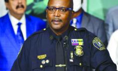 رئيس بلدية ديترويت راضٍ عن أداء قائد الشرطة المؤقت .. ويقترح تثبيته